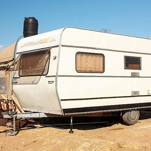 Overnatning-campingvogn-logo